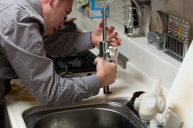 ¿Qué tipos de tuberías de plástico que reparan los fontaneros?